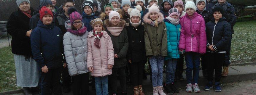 10.01.2018 r. uczniowie kl. V i VI uczestniczyli w lekcjach muzealnych w Muzeum Wojska Polskiego w Warszawie i zwiedzili galerię malarstwa polskiego w Muzeum Narodowym w Warszawie.